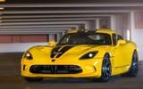 Обои: Dodge, Parking, Додж, Yellow, Желтый, Парковка, Вайпер, GTS, Viper, SRT