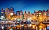 Обои: Amsterdam, дома, здания, вечер, свет, отражение, Голландия, Nederland, город, канал, огни, Амстердам, Нидерланды, река, Noord-Holland, лодки